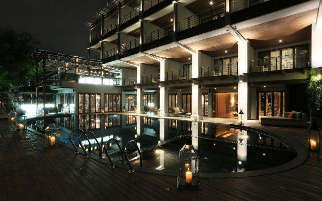 Отель Riva Surya Bangkok вид на фасад