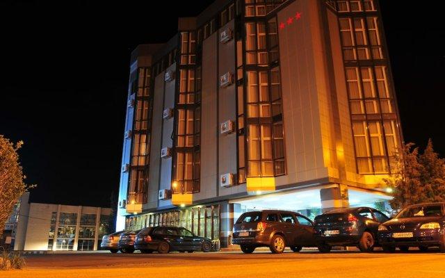 Hotel Emma Est