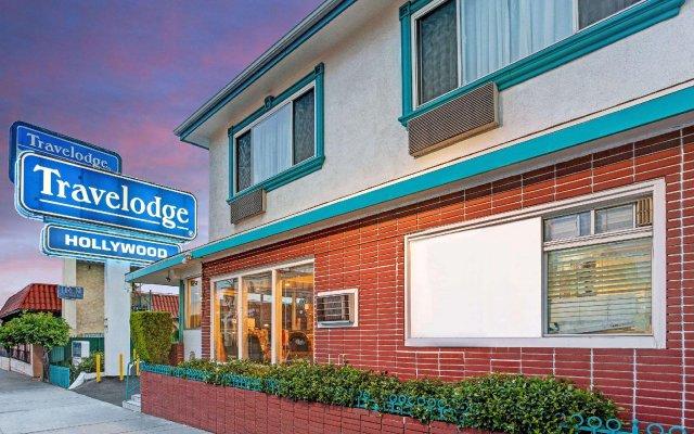 Отель Travelodge Hollywood-Vermont/Sunset Лос-Анджелес вид на фасад