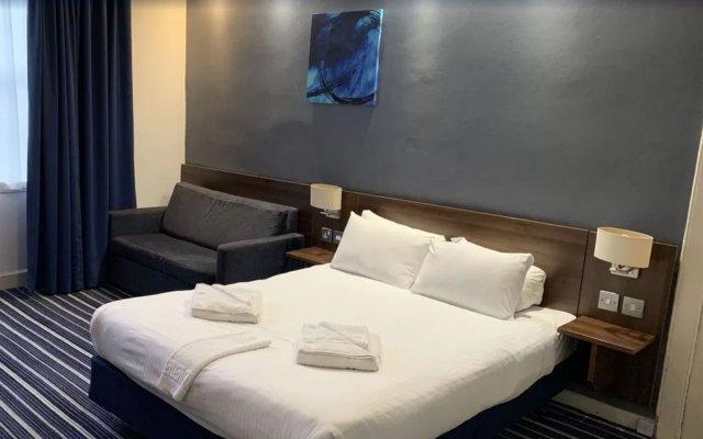 Отель Piries Hotel Великобритания, Эдинбург - отзывы, цены и фото номеров - забронировать отель Piries Hotel онлайн вид на фасад