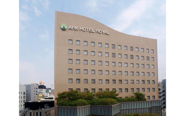 Отель Ark Hotel Royal Fukuoka Tenjin Япония, Тэндзин - отзывы, цены и фото номеров - забронировать отель Ark Hotel Royal Fukuoka Tenjin онлайн вид на фасад