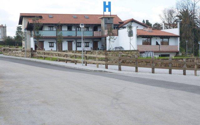 Отель El Abuelo De La Cachava вид на фасад