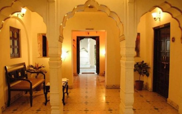 Отель WelcomHeritage Sirsi Haveli интерьер отеля