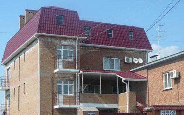 Гостевой дом Центральный вид на фасад
