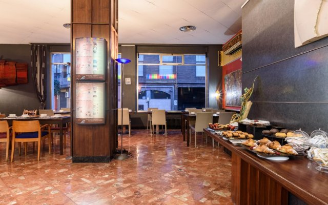 Hotel Quindos In Leon Spain From 43 Photos Reviews