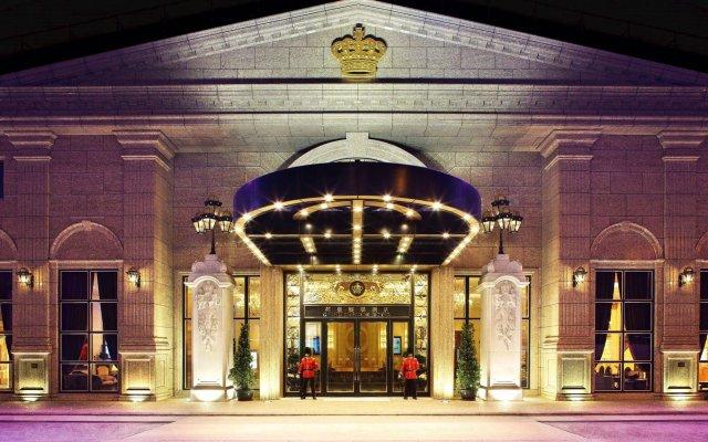 Grand Emperor Hotel вид на фасад