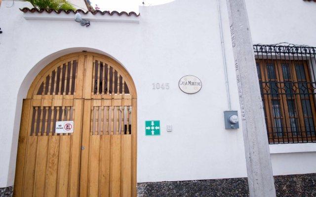 Отель Casa Montore Мексика, Гвадалахара - отзывы, цены и фото номеров - забронировать отель Casa Montore онлайн вид на фасад
