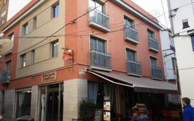Отель Apartamentos Olivo Испания, Льорет-де-Мар - отзывы, цены и фото номеров - забронировать отель Apartamentos Olivo онлайн вид на фасад