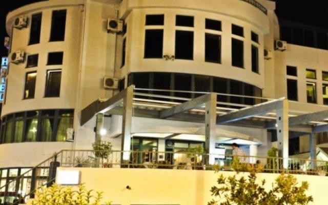 Keto Hotel