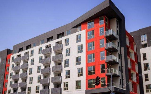 Отель Downtown Cosmopolitan Residences США, Лос-Анджелес - отзывы, цены и фото номеров - забронировать отель Downtown Cosmopolitan Residences онлайн вид на фасад