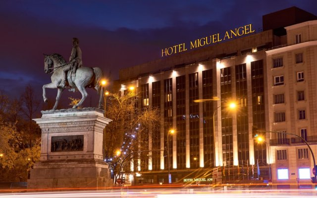 Hotel Miguel Angel by BlueBay вид на фасад