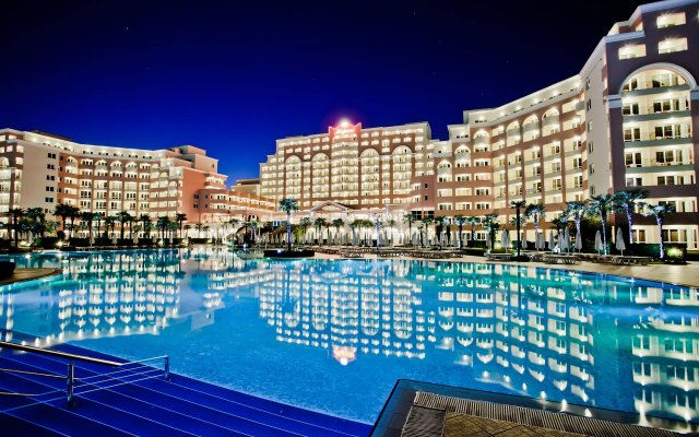Отель DIT Majestic Beach Resort вид на фасад
