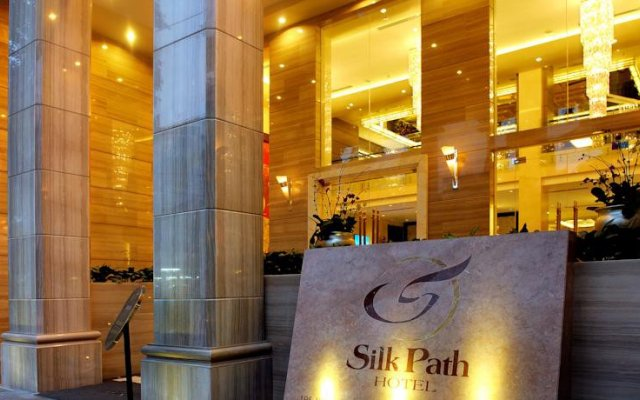 Отель Silk Path Boutique Hanoi вид на фасад