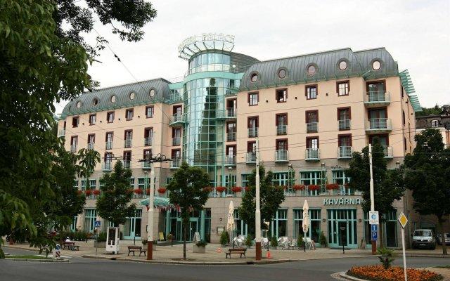 Hotel Cristal Palace вид на фасад