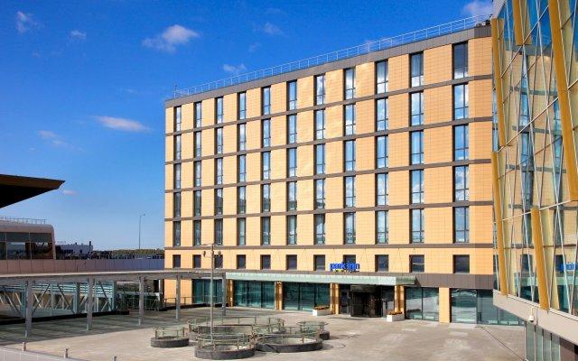 Отель Парк Инн от Рэдиссон Аэропорт Пулково Санкт-Петербург вид на фасад