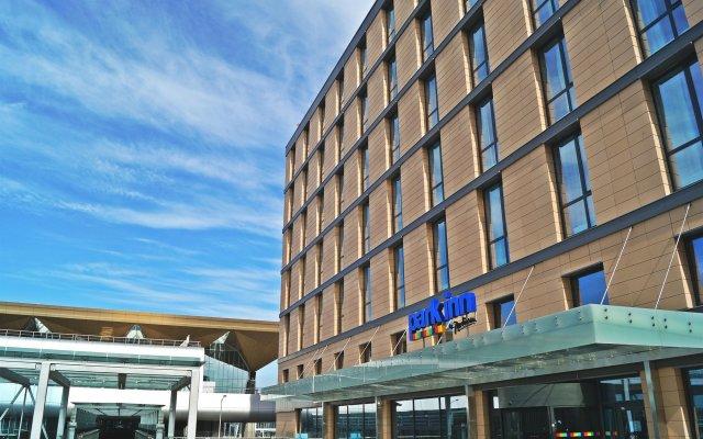 Гостиница Парк Инн от Рэдиссон Аэропорт Пулково вид на фасад