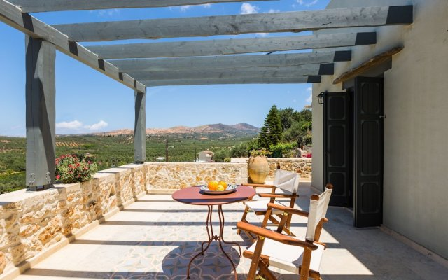 Отель Вилла Erondas Cretan Country Villas вид на фасад