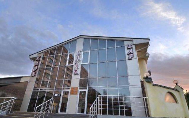 Отель Jaguar Николаев вид на фасад