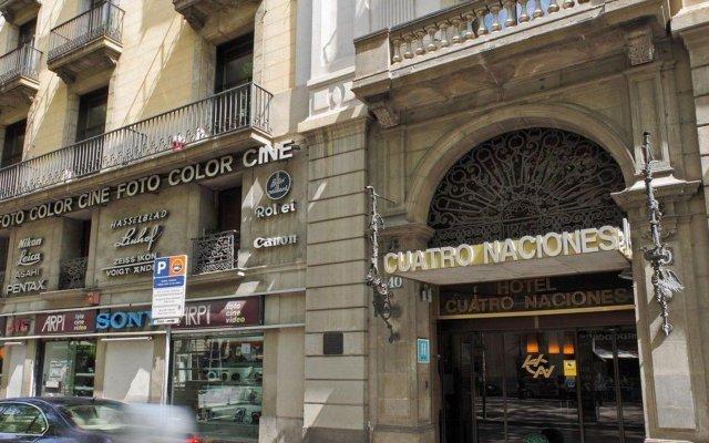 Отель Cuatro Naciones вид на фасад