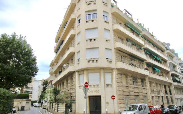 Отель Dormirenville - Nice Musiciens Ницца вид на фасад