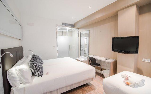 Отель Petit Palace Puerta Del Sol Мадрид комната для гостей