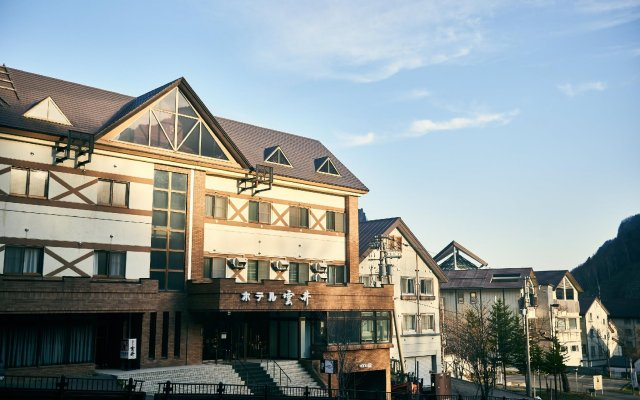 Отель KUMOI Камикава вид на фасад