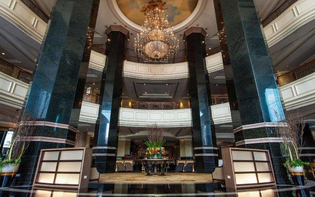 Отель Swissotel Bangkok Ratchada вид на фасад