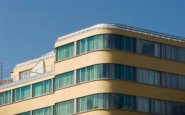 Отель Eurostars Embassy Вена вид на фасад