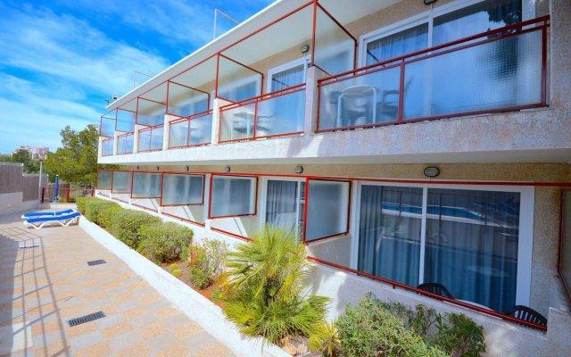 Отель Hostal Residencia Molins Park вид на фасад