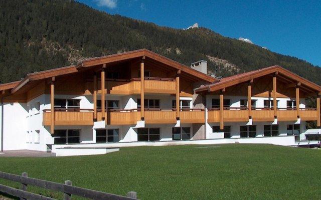 Отель Residence Club La Betulla Долина Валь-ди-Фасса вид на фасад