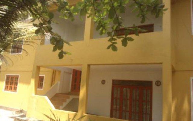 Отель Jasmin Garden Шри-Ланка, Пляж Golden Mile - отзывы, цены и фото номеров - забронировать отель Jasmin Garden онлайн вид на фасад
