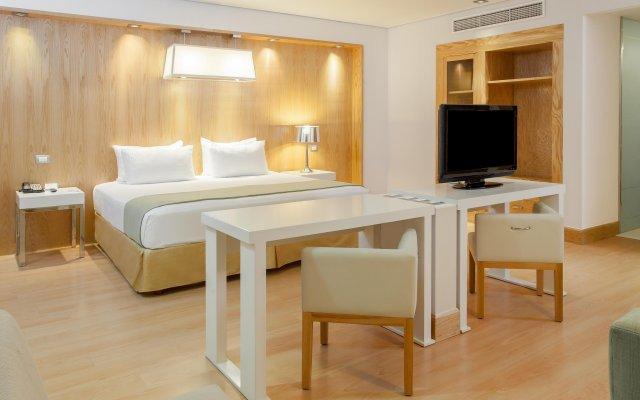 Отель Nh Collection Mexico City Airport T2 Мехико комната для гостей