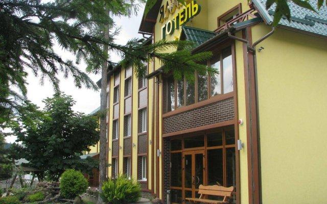 Yalynka Hotel Волосянка вид на фасад