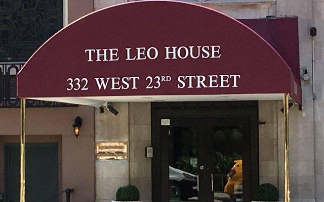 Отель Leo House США, Нью-Йорк - отзывы, цены и фото номеров - забронировать отель Leo House онлайн вид на фасад