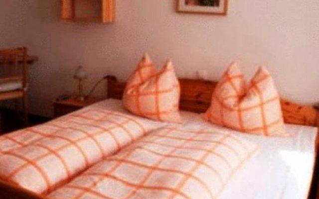Отель Cafe Pension Martinsstuben комната для гостей
