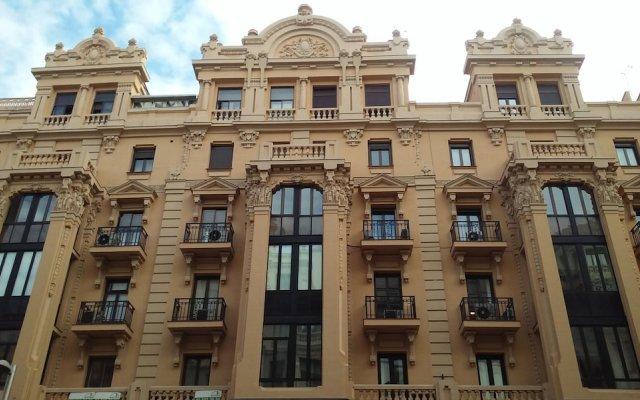 Отель Hostal Montecarlo Испания, Мадрид - отзывы, цены и фото номеров - забронировать отель Hostal Montecarlo онлайн вид на фасад