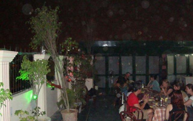 Отель Sarthak Palace Индия, Нью-Дели - отзывы, цены и фото номеров - забронировать отель Sarthak Palace онлайн вид на фасад