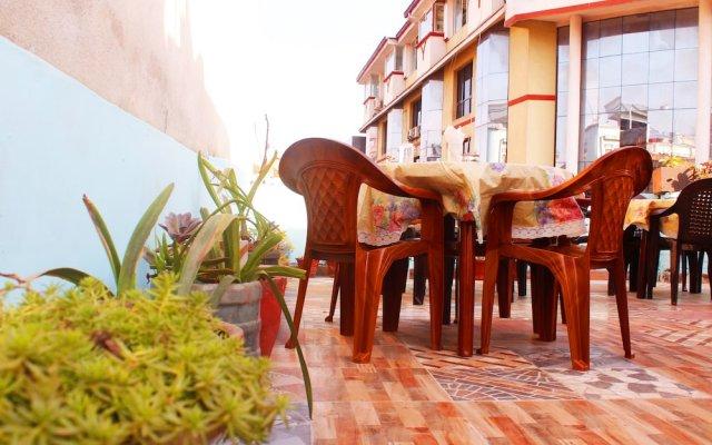 Отель Mountain Backpackers Hostel Непал, Катманду - отзывы, цены и фото номеров - забронировать отель Mountain Backpackers Hostel онлайн вид на фасад