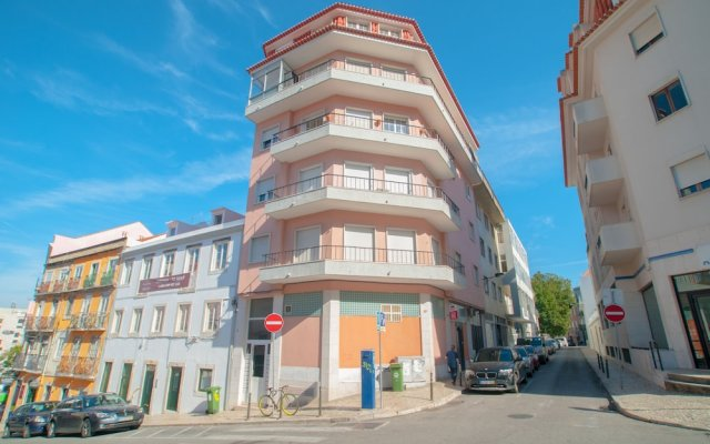 Апартаменты City Center Stylish Apartment Лиссабон вид на фасад