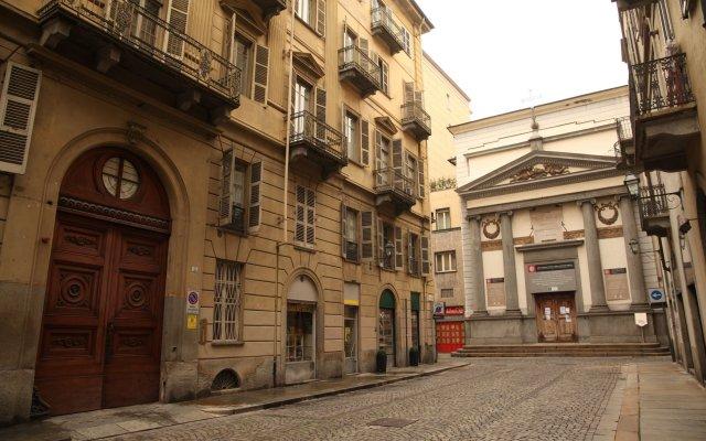 Отель Ettore Manni B&B вид на фасад