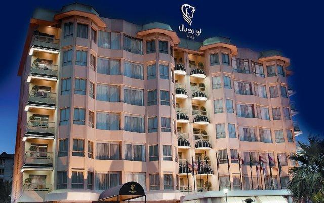 Le Royal Hotel вид на фасад