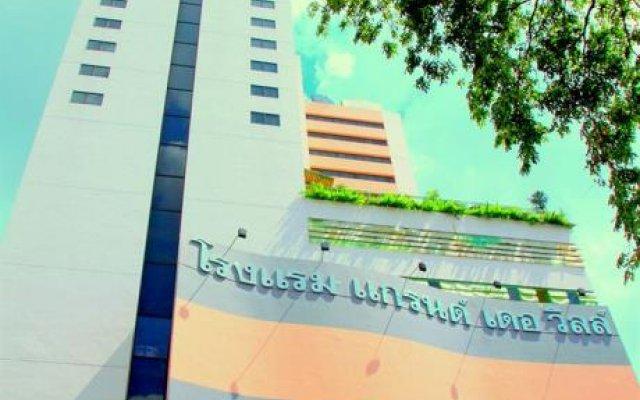 Отель Grande Ville Бангкок вид на фасад