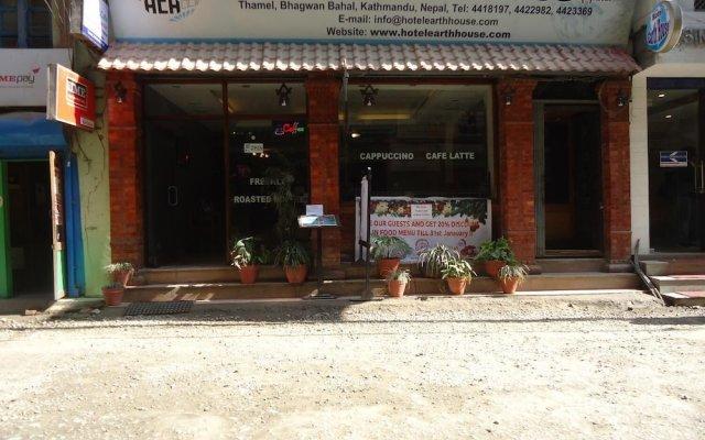 Отель Earth House Непал, Катманду - отзывы, цены и фото номеров - забронировать отель Earth House онлайн вид на фасад