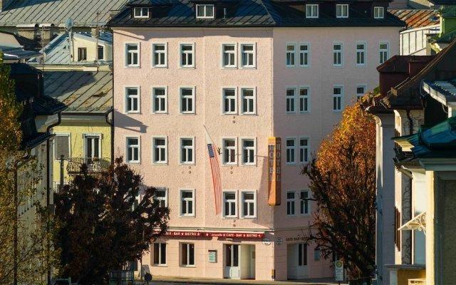 Отель Vier Jahreszeiten Salzburg Австрия, Зальцбург - отзывы, цены и фото номеров - забронировать отель Vier Jahreszeiten Salzburg онлайн вид на фасад