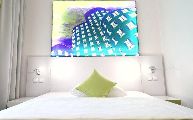Отель Wyndham Garden Düsseldorf City Centre Königsallee Германия, Дюссельдорф - отзывы, цены и фото номеров - забронировать отель Wyndham Garden Düsseldorf City Centre Königsallee онлайн комната для гостей