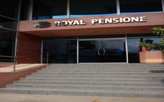 Отель NS Royal Pensione вид на фасад