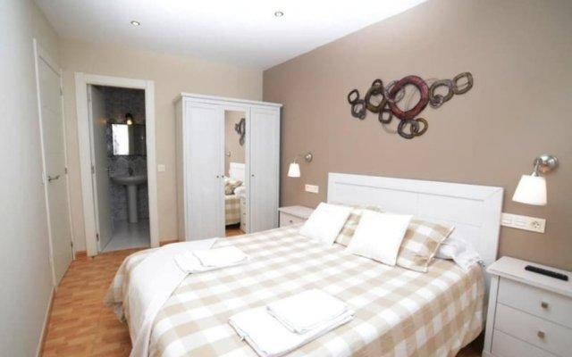Апартаменты Apartment in Isla Playa, Cantabria 103317 by MO Rentals комната для гостей