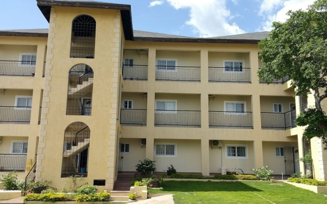 Отель Casa Clayton at Donhead - New Kingston Ямайка, Кингстон - отзывы, цены и фото номеров - забронировать отель Casa Clayton at Donhead - New Kingston онлайн вид на фасад