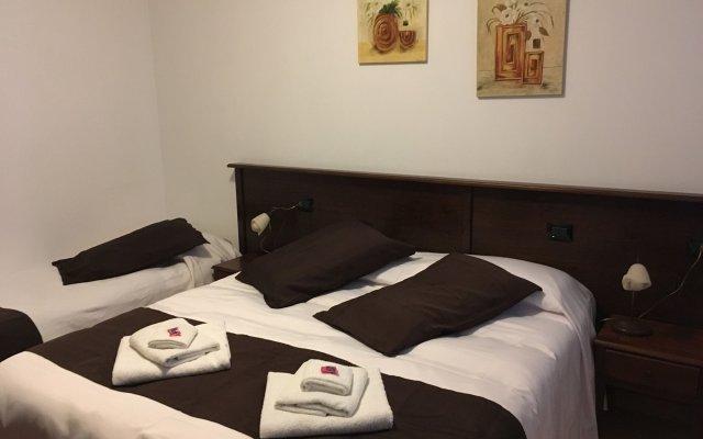 Отель Bed and Breakfast Giardini di Marzo Лечче комната для гостей