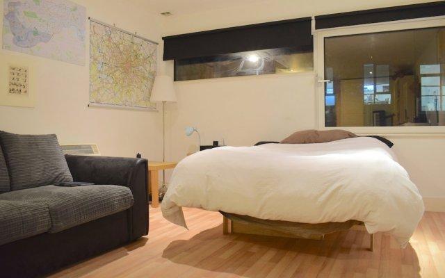 Апартаменты Studio Flat Near Borough Tube Sleeps 2 комната для гостей